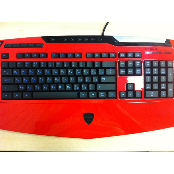 Gigabyte Aivia K8100 V2 Red USB