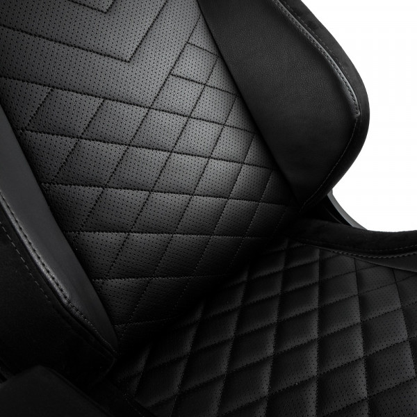 noblechairs EPIC Black